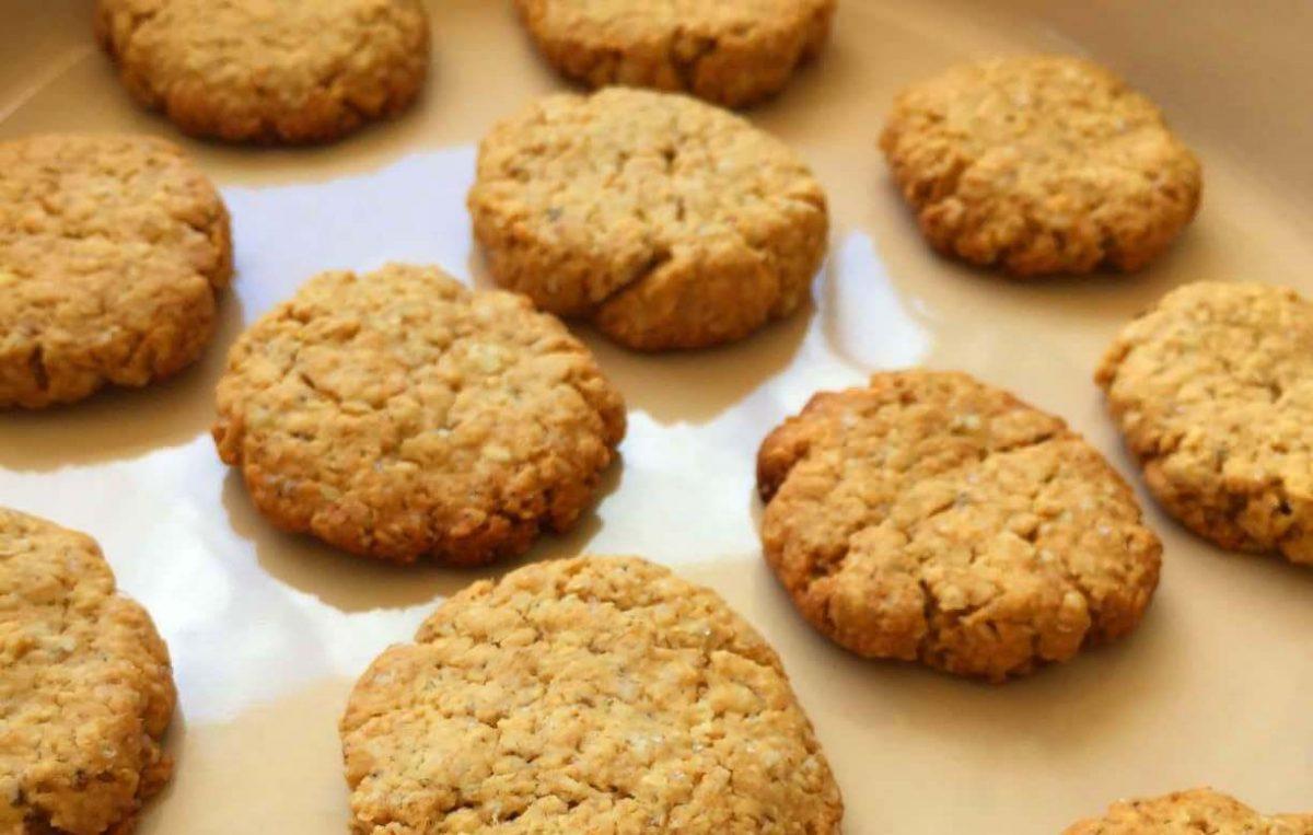 Cookies de Amendoim com Aveia